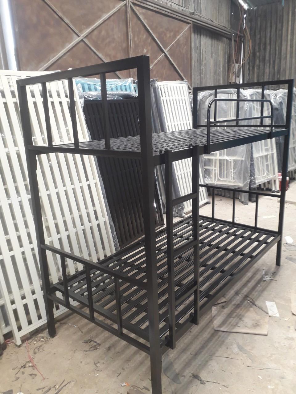 Giường tầng sắt hộp 80, 1m….. giá cạnh tranh
