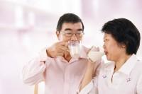 [ bật mí] cách chọn sữa dinh dưỡng dành cho người già