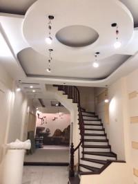 Bán nhà mặt ngõ 185 chùa láng, đống đa, 65m2 x 5 tầng, giá 109tr/m2 ngõ kinh doa