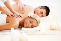 Các dịch chăm sóc cơ thể để sỡ hữu làn da mịn màng