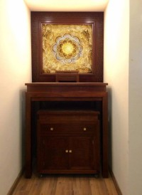 Cách chọn bàn thờ treo tường đẹp cho nhà chung cư