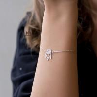 Cách chọn lựa những mẫu lắc tay bạc nữ chính hãng được ưa chuộng tại tphcm