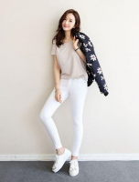 Cần bán sỉ quần jean màu trắng cho nữ tại quận bình thạnh