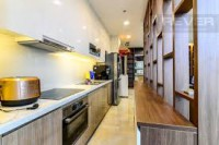 Cần bán căn hộ vincom center 155m2, 3pn, giá 27.5 tỷ, có nội thất