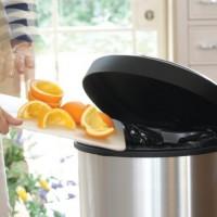 đồ vật không bỏ đi vào thùng rác, nên tái sử dụng