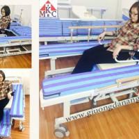 Giường bệnh đa năng mkc-medical tách thành xe lăn 8 chức năng