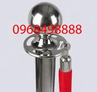 Mẫu cọc chắn inox hay dùng tại các buổi triển lãm - poliva.vn