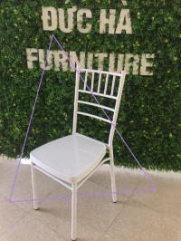 Sản xuất ghế chiavari tại vn và giá tốt nhất