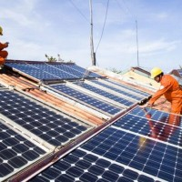 """Tại sao lắp đặt hệ thống điện năng lượng mặt trời hiện nay ngày càng được """"chuộn"""