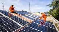 Tại sao lắp đặt hệ thống điện năng lượng mặt trời hiện nay..