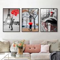 Tranh trang trí phòng khách cho căn hộ chung cư