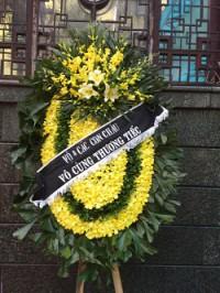 Vòng hoa tang lễ lan vàng to đại tại 354