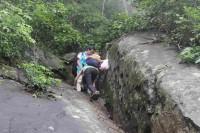 Hướng dẫn leo núi bà đen an toàn