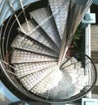 Một số tính năng của cầu thang inox 304.